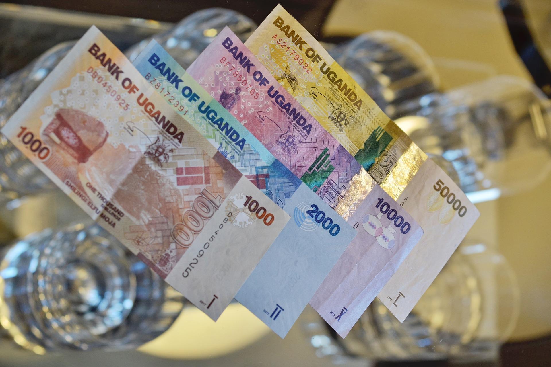 moneda en Uganda