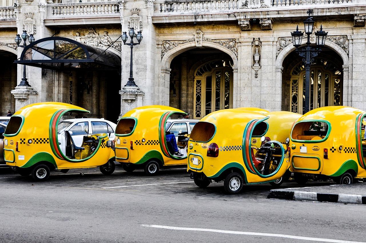 Coger un taxi en Cuba